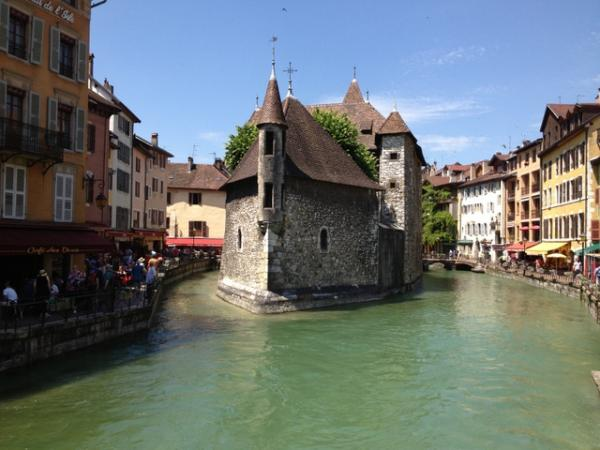 Cycling-tour-famous-climb-genava-annecy
